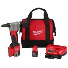 Milwaukee 2550-22 M12 Rivet Tool Kit