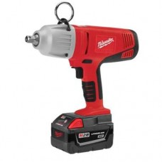 "Milwaukee 0779-22 V28 1/2"" Impact Wrench Kit"